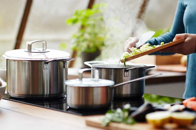 How to Choose Safe and Healthy Cookware